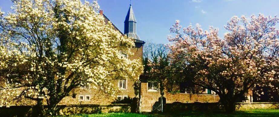 17554398 393902187659716 3034085685607009641 n Basenfasten, Basenfasten Wasserschloss Kambach, Naturheilpraxis Aachen